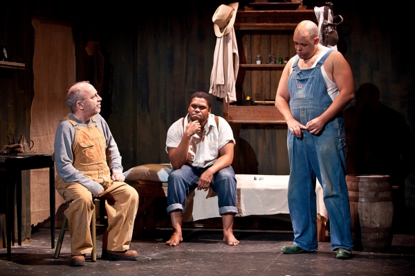 Jeff Rossman, Julian Thomas as Crooks, and Alex Echevarria