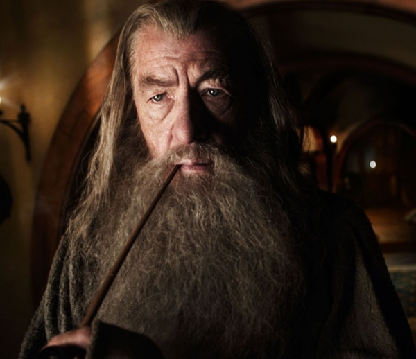 Photo Flash: THE HOBBIT's Ian McKellen Celebrates 'Tolkien Week'