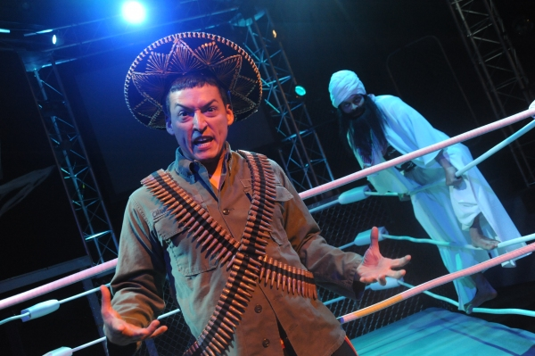 BWW Reviews: Curious Theatre Presents THE ELABORATE ENTRANCE OF CHAD DIETY - Unexpected Delight!