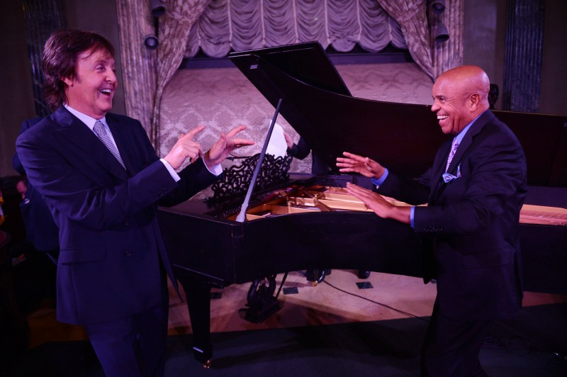 Motown Founder Berry Gordy and Paul McCartney Play Piano to Benefit Motown Museum's PROJECT HARMONY