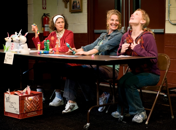 Photo Flash: First Look at Steppenwolf's GOOD PEOPLE