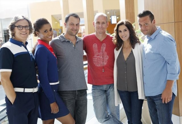 SIMON TEMPLEMAN, TOKS OLAGUNDOYE, DAN FOGELMAN (EXECUTIVE PRODUCER), CHRIS KOCH (DIRECTOR), JAMI GERTZ, LENNY VENITO