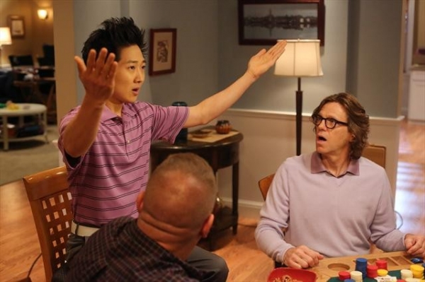 Photo Coverage: Preview THE NEIGHBORS on 10/10!