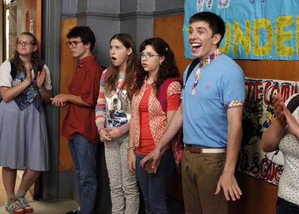 Photo Coverage: Sneak Peek at THE MIDDLE on 10/3