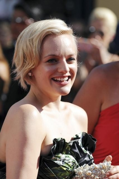 THE 64TH PRIMETIME EMMY(r) AWARDS - The 64th Primetime Emmy Awards broadcasts live from 8:00-11:00 p.m., ET/5:00-8:00 p.m., PT., Sunday, September 23, 2012 exclusively on ABC. (ABC/MATT PETIT)ELISABETH MOSS at 2012 Emmys Red Carpet - Part 2