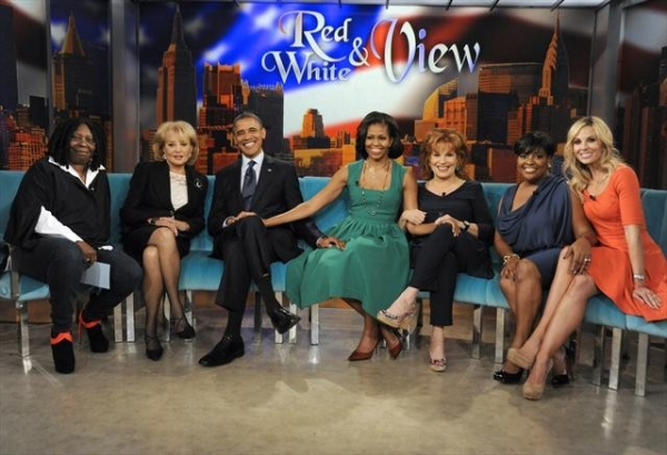 THE VIEW - President Barack Obama, the 44th President of the United States, and First Lady Michelle Obama make their first joint appearance on â�¿��¿�The View,â�¿��¿� TUESDAY, SEPTEMBER 25 (11:00 a.m.-12:00 noon, ET) on the ABC Television Network. (Sho at First Look at President Barack Obama and First Lady Michelle Obama on THE VIEW!