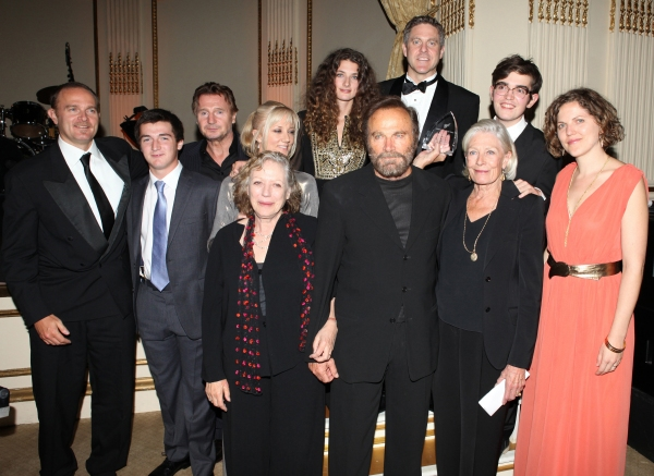 Vanessa Redgrave, Liam Neeson, Joely Richardson, Carlo Gabriel Nero,Daisy Bevan, Fra Photo