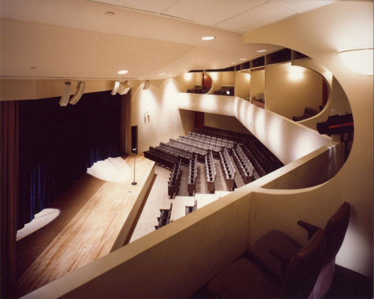 Regional Theater of the Week: TheatreZone in Naples, FL