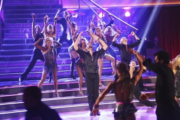 """DANCING WITH THE STARS: ALL-STARS: THE RESULTS SHOW - """"Episode 1501A"""" - Featuring al Photo"""