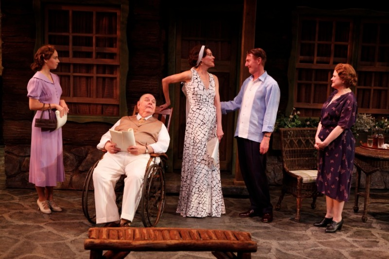 Photo Flash: First Look at Byron Jennings, Carolyn McCormick and More in Peccadillo Theater's TEN CHIMNEYS