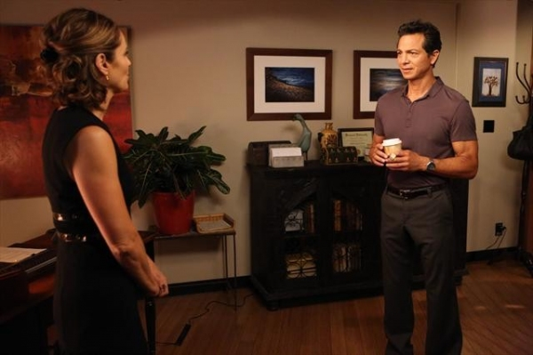 AMY BRENNEMAN, BENJAMIN BRATT at Sneak Peak at PRIVATE PRACTICE on 10/9