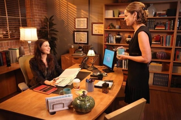 CATERINA SCORSONE, AMY BRENNEMAN at Sneak Peak at PRIVATE PRACTICE on 10/9