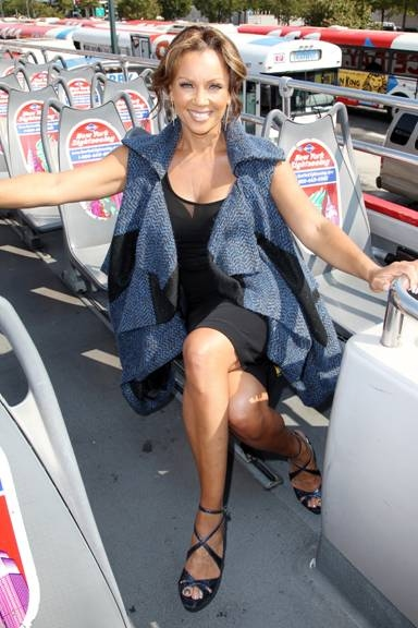 Photo Flash: Vanessa Williams Is Inducted Into Gray Line New York's RIDE OF FAME!