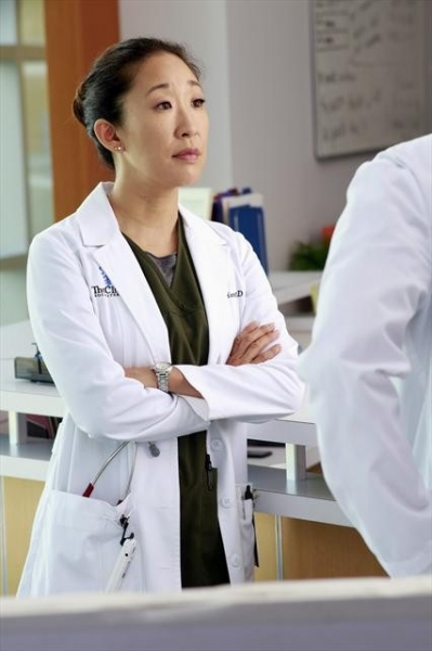 SANDRA OH at Sneak Preview of GREY'S ANATOMY on 10/18