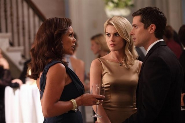 VANESSA WILLIAMS, RACHAEL TAYLOR, DAVE ANNABLE at Sneak Preview of 666 PARK AVENUE on 10/21