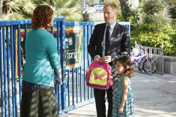 MARGARET EASLEY, JESSE TYLER FERGUSON, AUBREY ANDERSON-EMMONS at Sneak Preview at MODERN FAMILY's 10/17 Episode