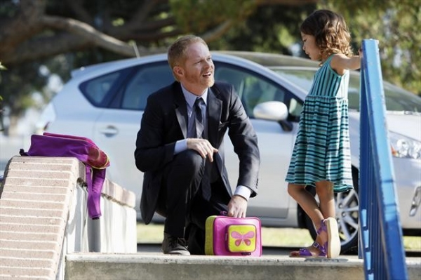 JESSE TYLER FERGUSON, AUBREY ANDERSON-EMMONS at Sneak Preview at MODERN FAMILY's 10/17 Episode