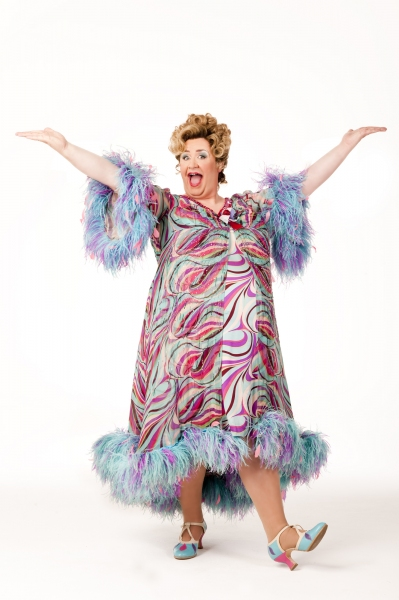 Mark Benton as Edna Turnblad