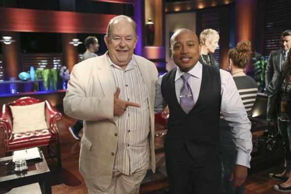 ROBIN LEACH, DAYMOND JOHN at Behind-The-Scenes Look at 9/28 Episode of SHARK TANK