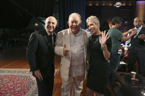 KEVIN O'LEARY, ROBIN LEACH, BARBARA CORCORAN, DAYMOND JOHN    at Behind-The-Scenes Look at 9/28 Episode of SHARK TANK