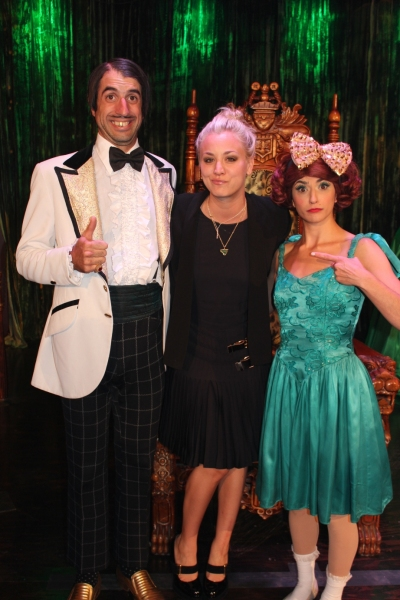 ABSINTHE's The Gazillionaire, Kaley Cuoco and Penny Pibbets at MEAN GIRLS' Lacy Chabert and BIG BANG THEORY's Kaley Cuoco Spotted at ABSINTHE