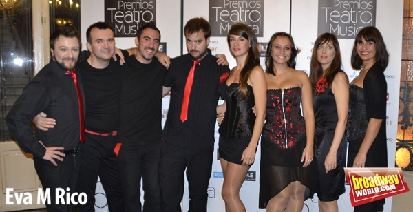 PHOTO FLASH: Llegada de invitados a los Premios Teatro Musical 2012