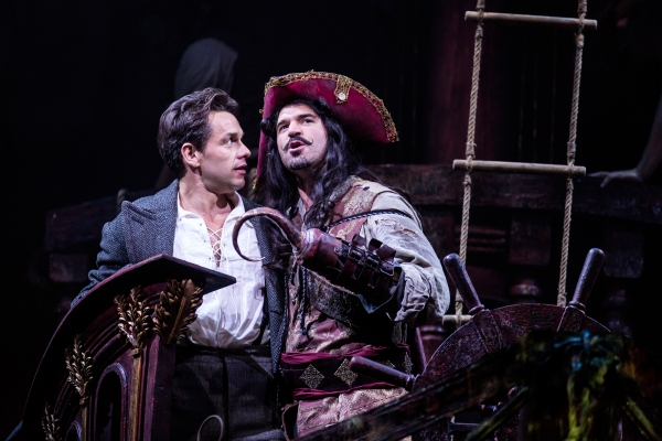 Photo Flash: First Look at Julian Ovenden and Rosalie Craig in FINDING NEVERLAND!