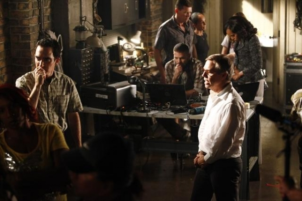 Photo Flash: Behind-the-Scenes Look at Upcoming Episode of SCANDAL, Airs 10/18