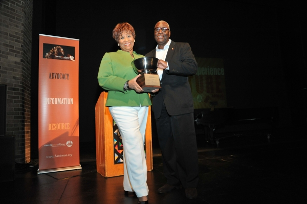 Photo Flash: Danny Glover, Vy Higginsen, Shepard Honored by HARLEM Arts Alliance