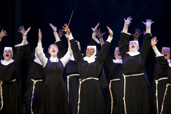 Photo Flash: First Look at Ta'Rea Campbell, Hollis Resnik and More in SISTER ACT National Tour