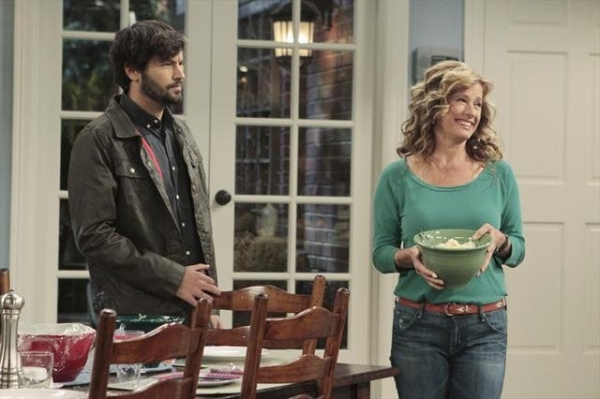 JORDAN MASTERSON, NANCY TRAVIS    at First Look at 11/2 Episode of LAST MAN STANDING