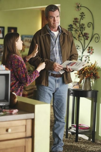 EDEN SHER, NEIL FLYNN at First Look at Halloween Episode of THE MIDDLE