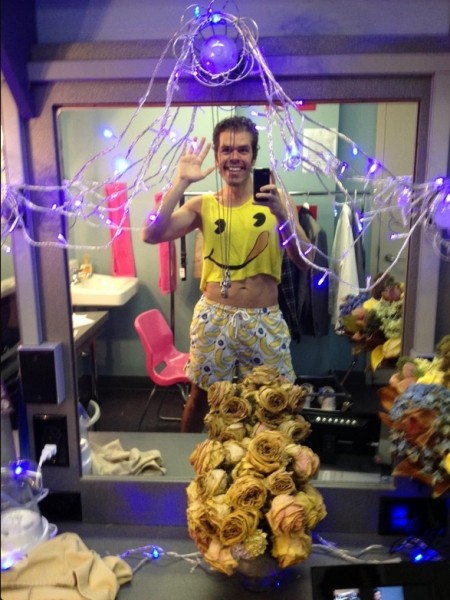Perez Hilton  at Saturday Intermission Pics, Oct 6 -  Perez Hilton's Last NEWSical Shot, ANYTHING GOES' First Tour Pic and More!