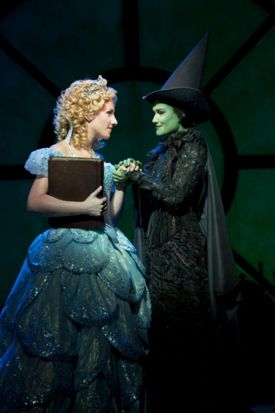 Photo Flash: First Look at Christine Dwyer, Billy Harrigan Tighe and More in WICKED Second North American Tour