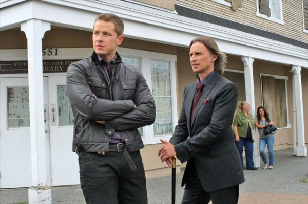 JOSH DALLAS, ROBERT CARLYLE    at Sneak Peek of ONCE UPON A TIME 's 10/21 Episode