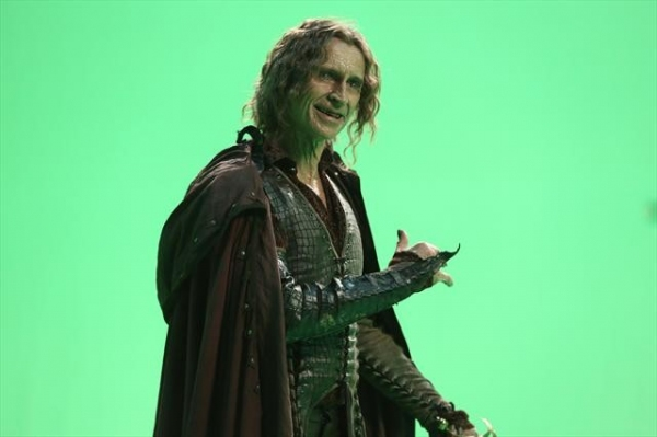 ROBERT CARLYLE    at First Look at ONCE UPON A TIME'S Upcoming Episode to Air 10/21