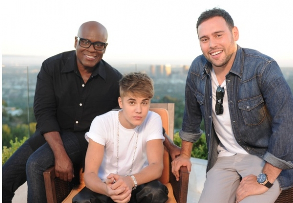L.A. Reid, Justin Bieber, Scooter Braun at First Look - Bieber, Jonas, Anthony on X FACTOR 'Judges Homes' Round