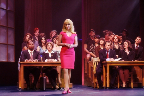 Autumn Hurlbert and Company at First Look at Autumn Hurlbert and More in North Carolina's LEGALLY BLONDE