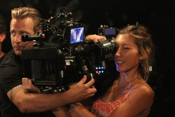 Photo Flash: Behind-The-Scenes Look at LAST RESORT's Upcoming Episode, 'Voluntold,' Airs 10/18
