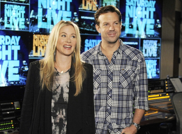 Photo Flash: First Look - Christina Applegate Hosts NBC's SNL