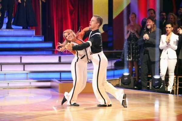 SHAWN JOHNSON, DEREK HOUGH    Photo