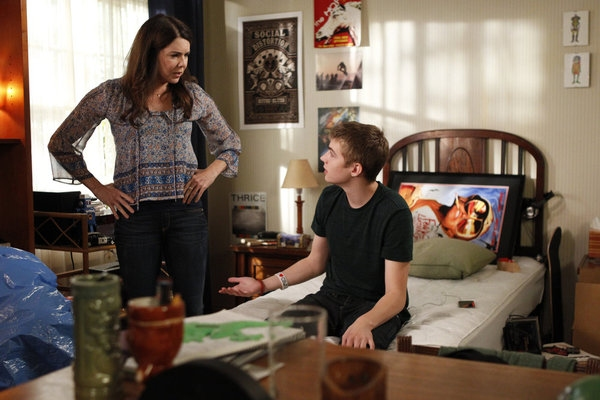 Lauren Graham, Miles Heizer  at First Look at PARENTHOOD's Upcoming Episode 'I'll Be Right Here,' Airs 10/23