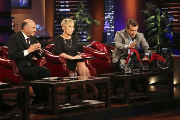 KEVIN O'LEARY, BARBARA CORCORAN, ROBERT HERJAVEC    at First Look at SHARK TANK's Upcoming Episode to Air 10/19