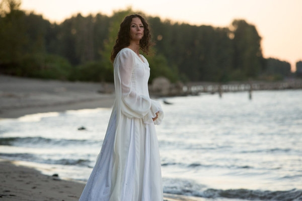 Photo Flash: First Look at GRIMM's Upcoming Episode, 'La Llorona,' Airs 10/26