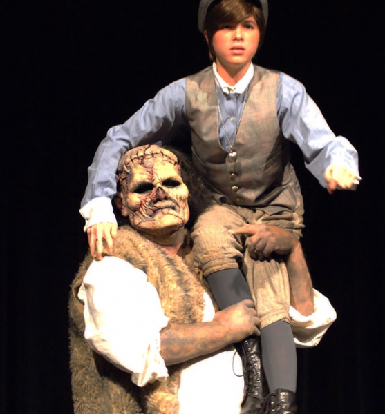 BWW Reviews: Country Playhouse's FRANKENSTEIN is a Dark, Thought-Provoking and Chilling Good Time