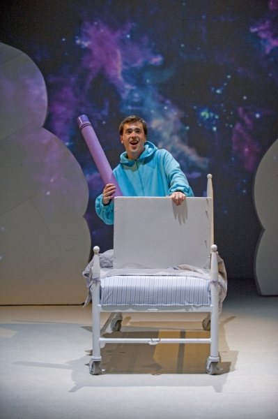 Photo Flash: First Look at Chicago Children's Theatre's HAROLD AND THE PURPLE CRAYON