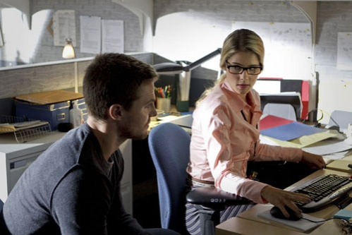 Stephen Amell, Emily Richard at First Look at ARROW's Upcoming Episode, 'Lone Gunmen,' 10/24