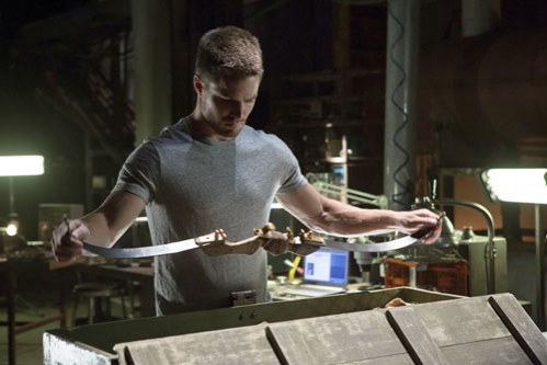Stephen Amell at First Look at ARROW's Upcoming Episode, 'Lone Gunmen,' 10/24