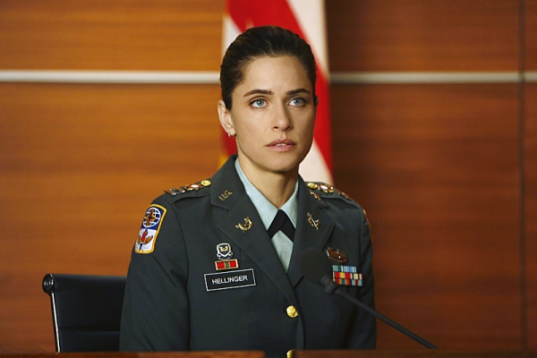 Amanda Peet at First Look at THE GOOD WIFE's Episode, 'The Art of War,' 11/4