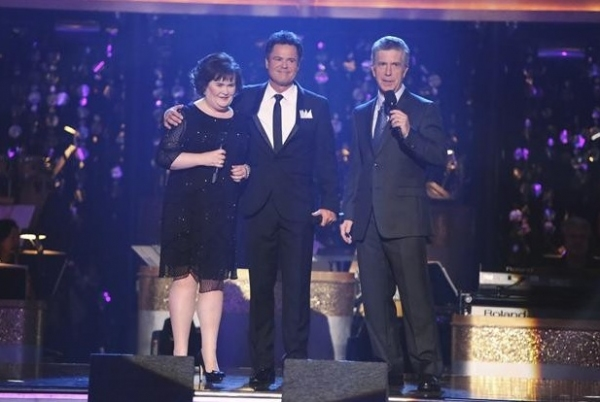 Susan Boyle,Donny Osmond,Tom Bergeron at Donny Osmond, Susan Boyle Perform on DWTS